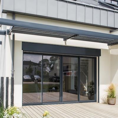 coulissant novaltuce baie vitr e coulissante en aluminium bouvet. Black Bedroom Furniture Sets. Home Design Ideas